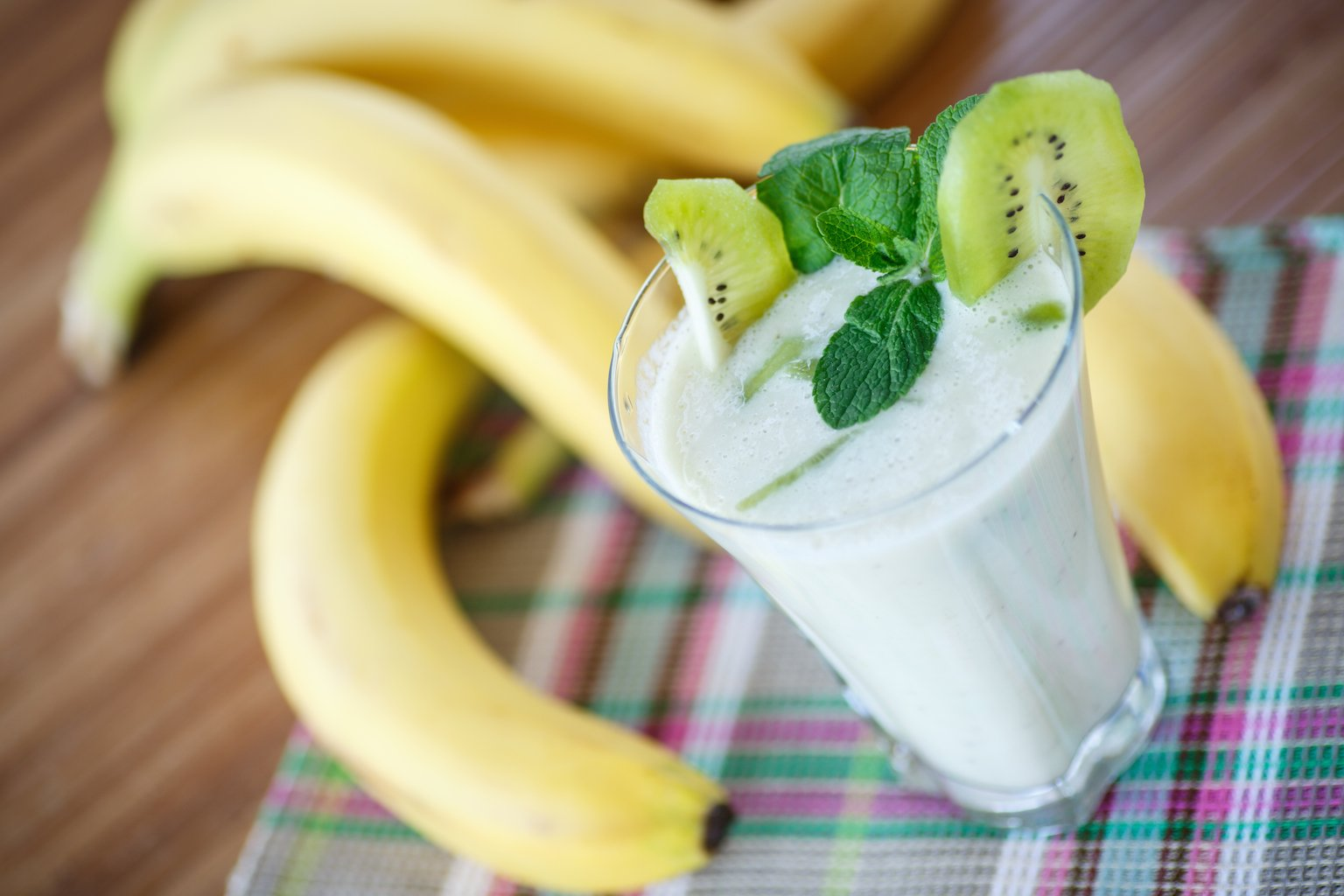 Creamy Banana Kiwi Smoothie For Stress Relief Constipation
