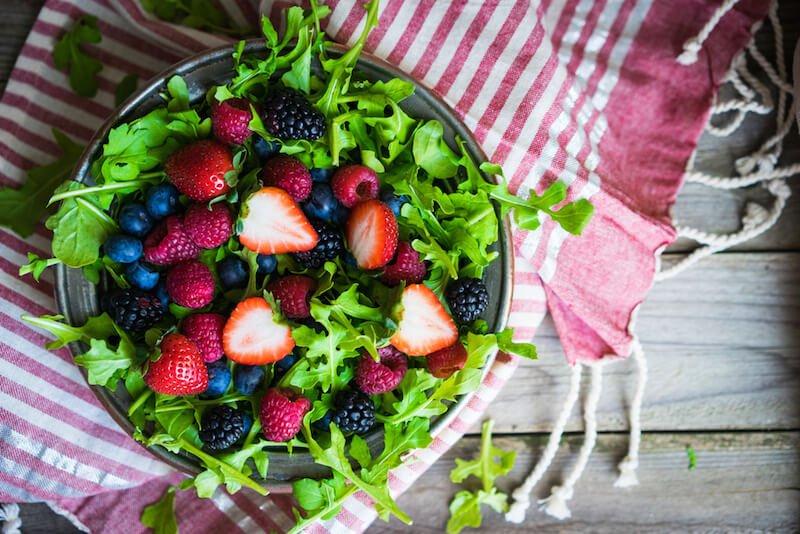 Anti-Inflammatory Arugula Berry Salad