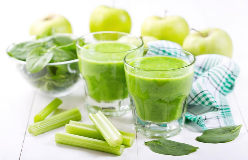 celery-apple-spinach-juice