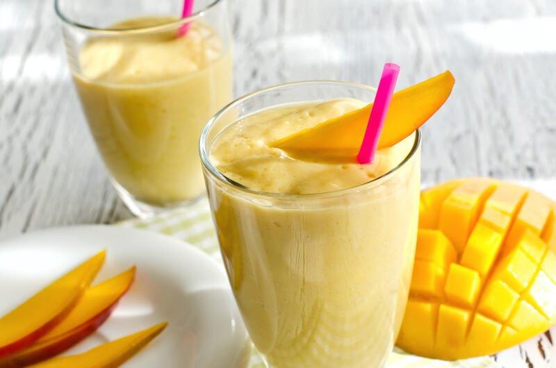 Creamy Mango Turmeric Smoothie