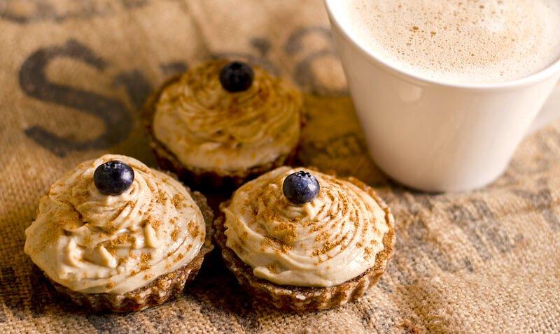 raw_carrot_cupcakes