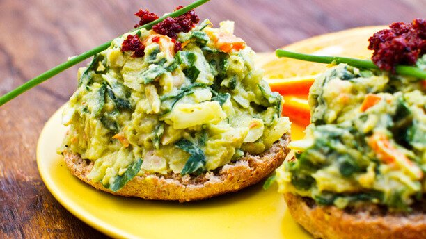 avocado-bean-toast-topper-5