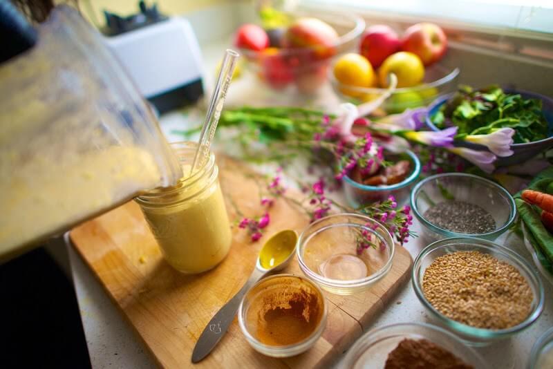 mango-turmeric-smoothie-2