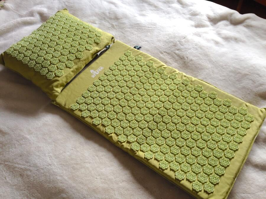 7 Benefits Of Using An Acupressure Mat And Why You Need One